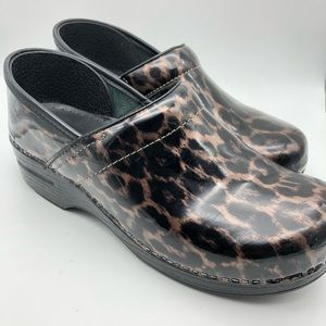 Dansko Patent Leather Animal Leopard Print Clog 40